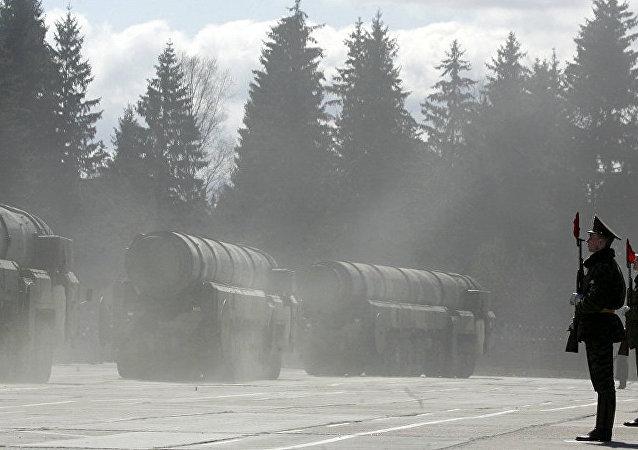 俄战略火箭军司令:400枚洲际弹道导弹中99%都处于战备状态