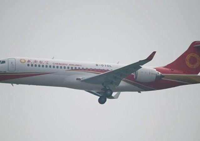 中国航空公司乘客发现飞机轮胎漏气,避免了一起事故