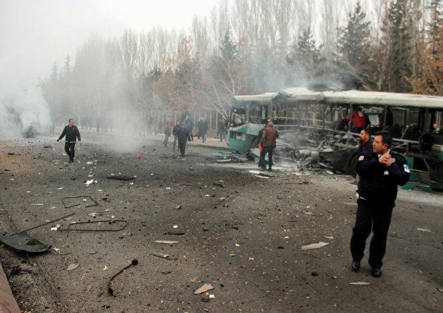 土耳其总参谋部:开赛利爆炸事件造成13人死亡,48人受伤 (视频)
