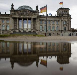 德國政府:俄提出向頓巴斯派遣維和人員的建議是向解除對俄制裁邁出的一步