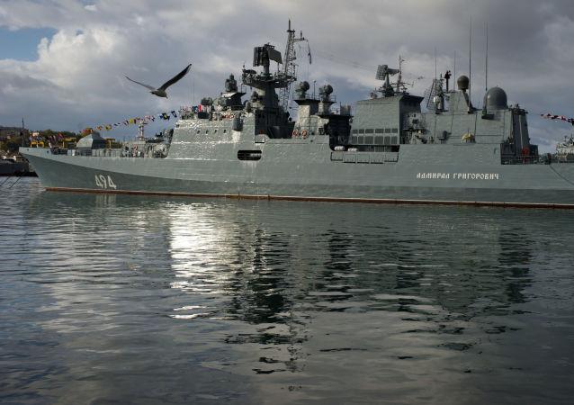 """俄向地中海派出装备有""""口径""""导弹的""""格里戈罗维奇海军上将""""号护卫舰"""