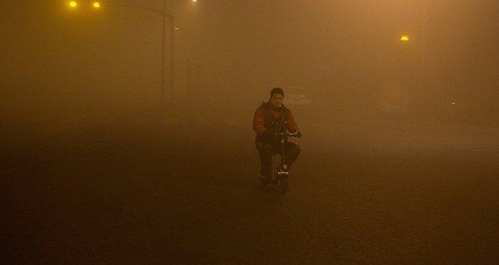 雾霾对比照片风景