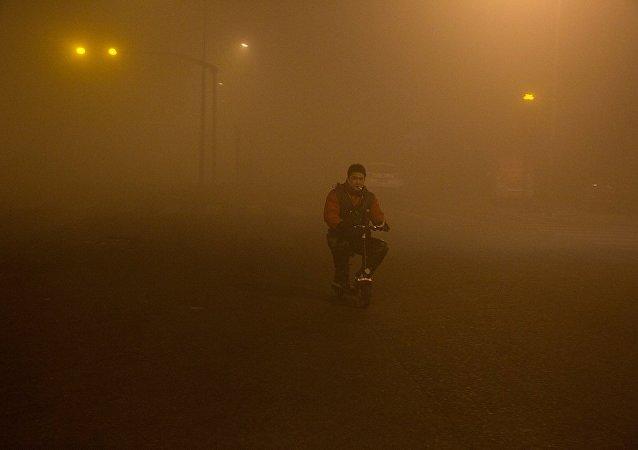 雾霾 (资料图片)
