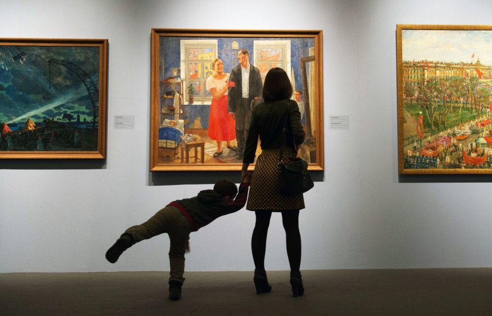 """俄罗斯国家博物展览中心""""罗西佐""""开设新画廊"""