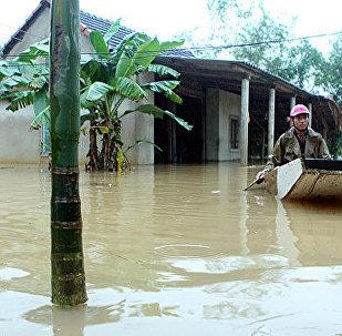 媒体:越南洪灾2天内造成29人死亡 21人失踪