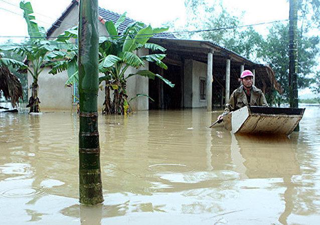 媒体:泰国南部水灾导致至少12人死亡