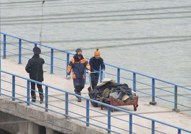 图-154飞机失事搜救发现13人遗体