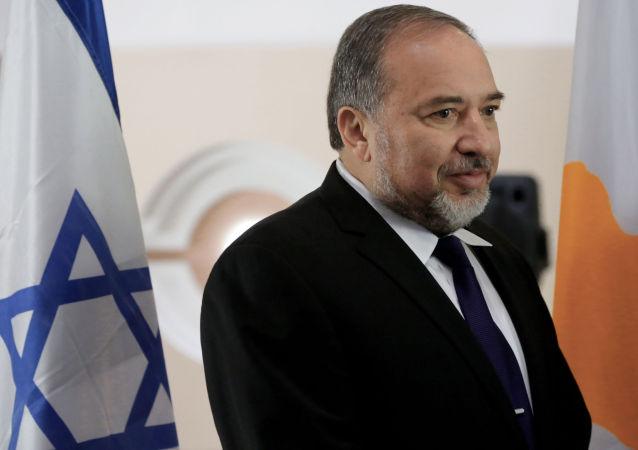 以色列国防部承诺以扩建定居点回应恐袭