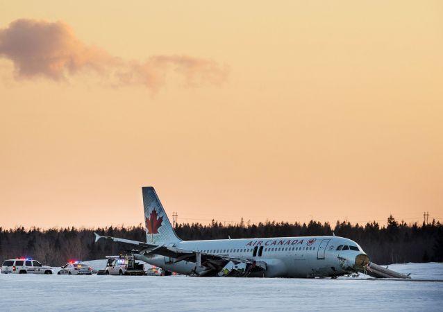 加拿大搭載184名乘客的飛機因機艙過熱緊急迫降  (圖片資料)