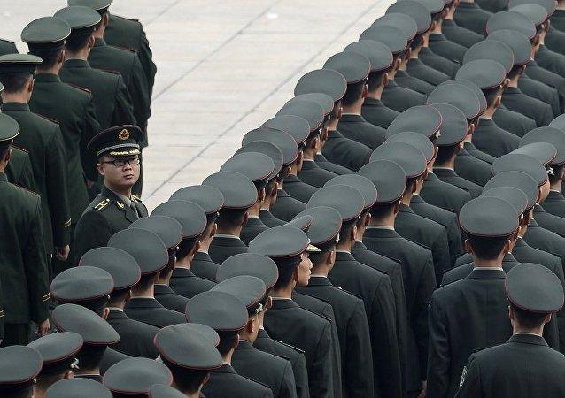 俄专家评解放军为何组建84个军级单位