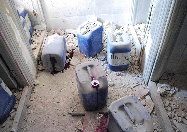 """""""伊斯兰国""""和""""支持阵线""""的恐怖分子正在叙利亚和伊拉克使用芥子气和沙林等化学武器"""