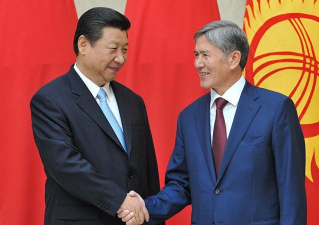 习近平:中吉两国要加强反恐和执法安全合
