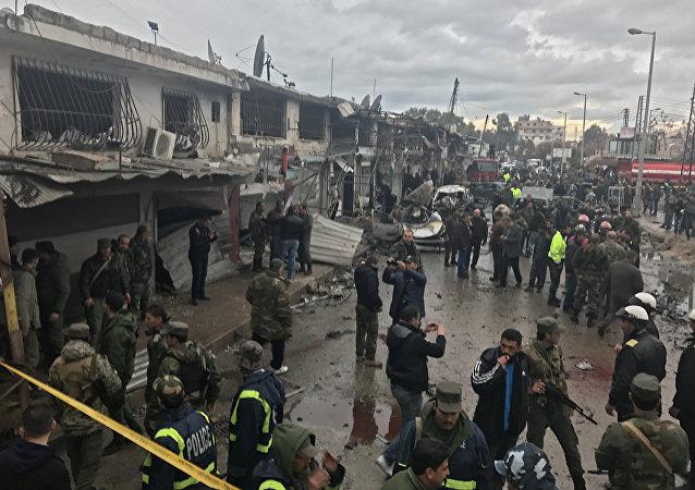 消息人士:叙利亚巴卜市附近发生剧烈爆炸 致超过15人死亡