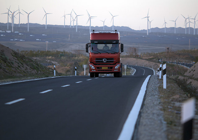 中国交通部:2020年前中国公路运营里程将新增约32万公里