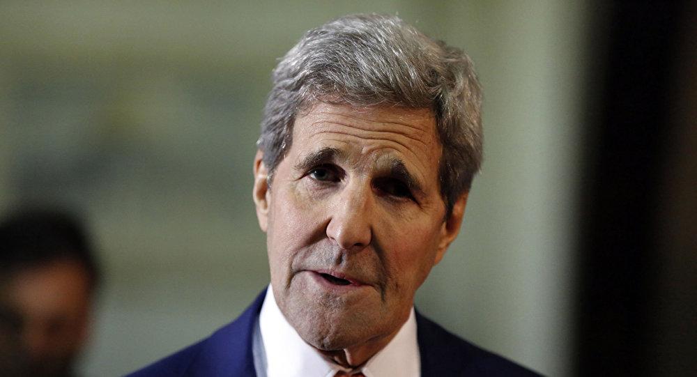"""美国国务卿:阿萨德下台前叙利亚军队与反对派有可能联合打击""""伊斯兰国"""""""
