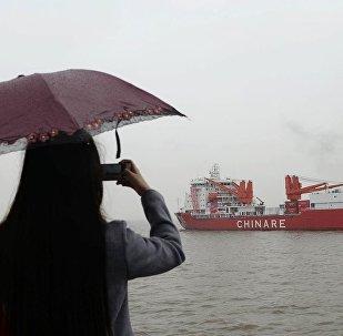 中国为何建造新的极地破冰船