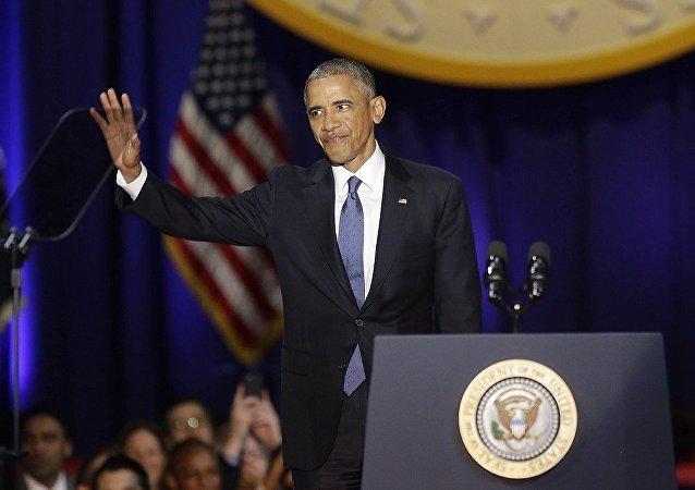 """奥巴马重申将确保将权力""""平稳""""交给特朗普"""