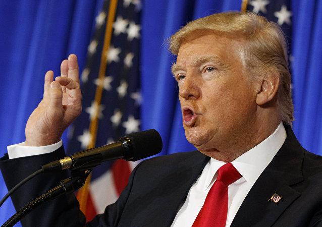 特朗普:不相信孤立主义政策 相信国与国之间的公平贸易