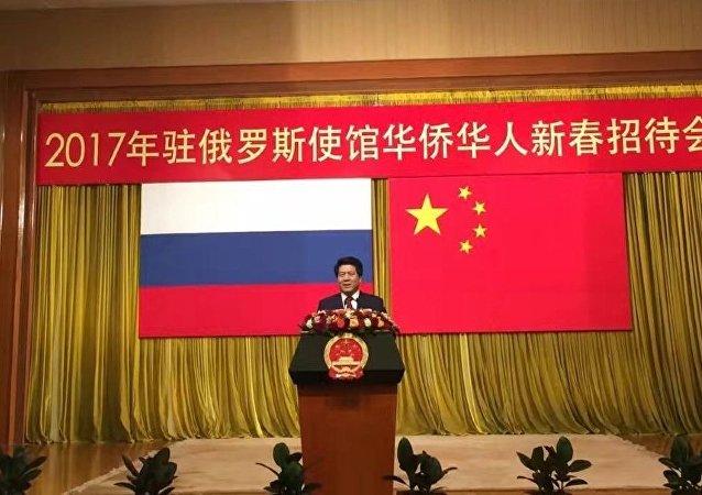 李輝大使向旅俄華人及各界朋友拜早年