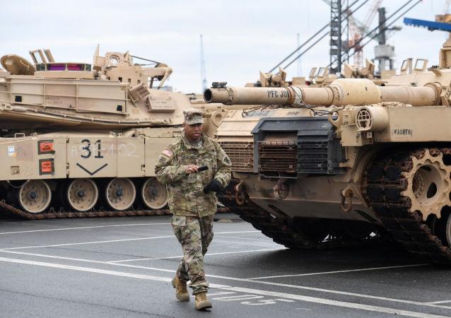 """德国人对美国坦克重新部署的反应:""""让他们滚吧"""""""