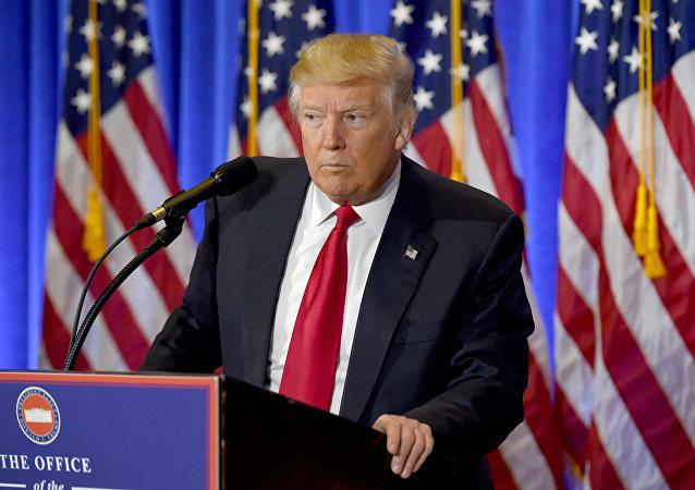 民调:过半美国选民认为特朗普不适合担任总统