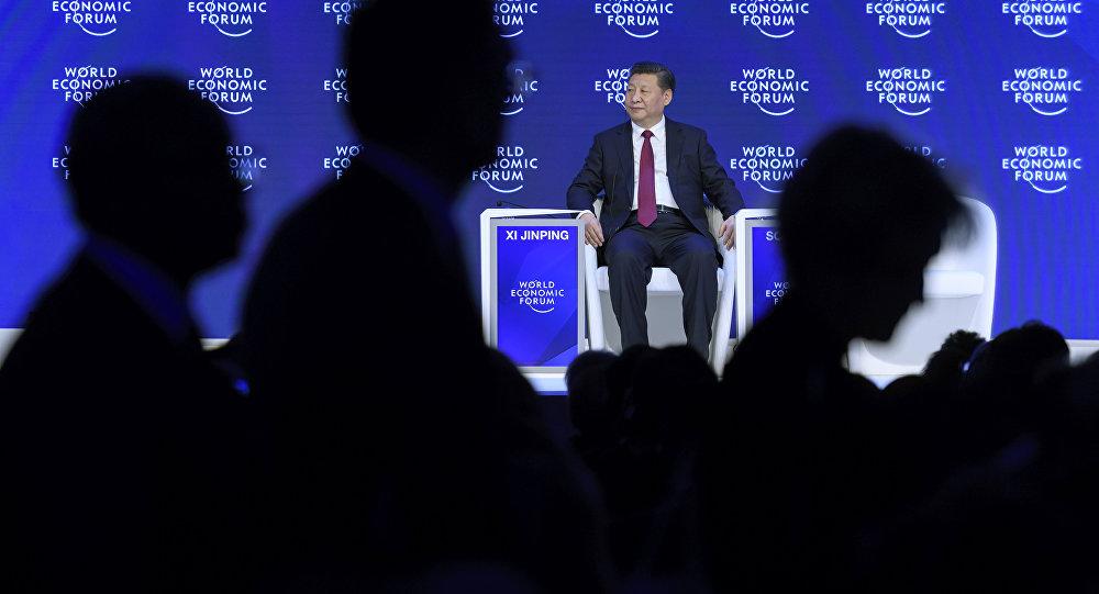 """习近平:中国不会主动打""""货币战"""""""