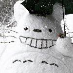 日本到处都是白雪皑皑,雪人随处可见