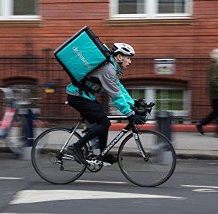 自行车手被指控污染空气