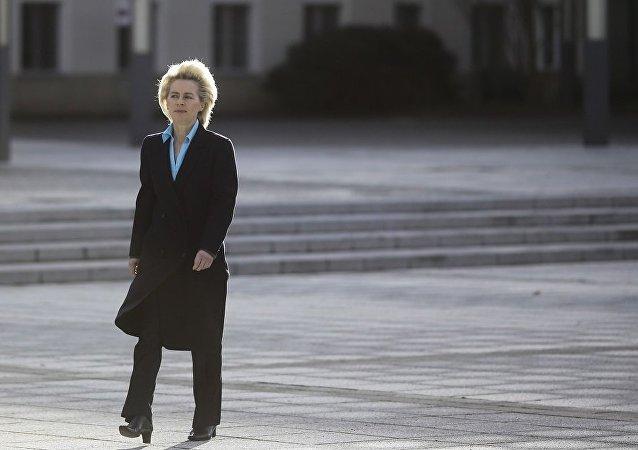 德防长称期待特朗普解释国防政策议程