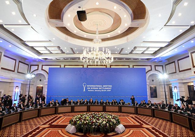 俄哈总统强调:阿斯塔纳会谈推动了叙利亚问题调解