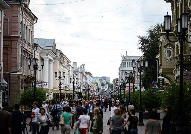 民调:俄罗斯人最担心新型大规模毁灭性武器以及与机器人的竞争