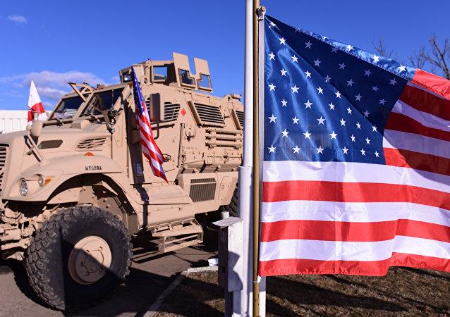 美军装甲车