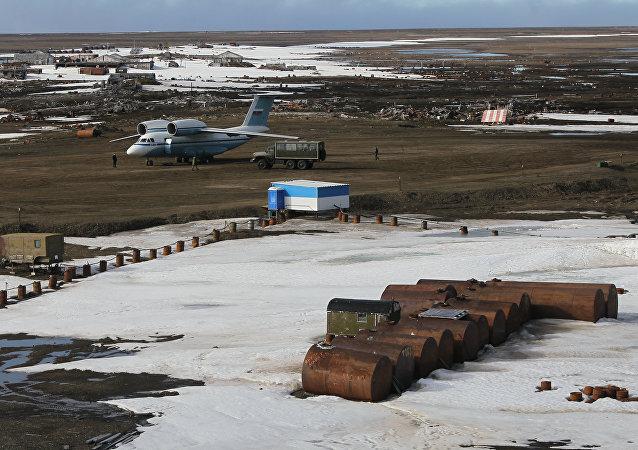 俄北极地区百余处军事基础设施年内落成