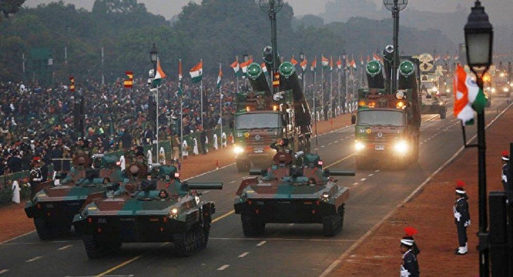 印度首都举行国庆节阅兵