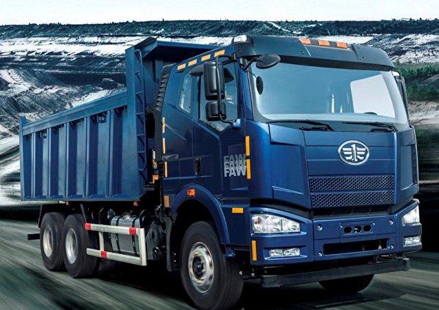 俄中合资企业将生产适用于俄远东的自卸车身