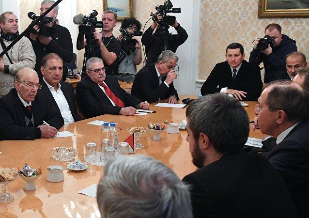 叙库尔德政党将向俄方转交自己的叙宪法草案