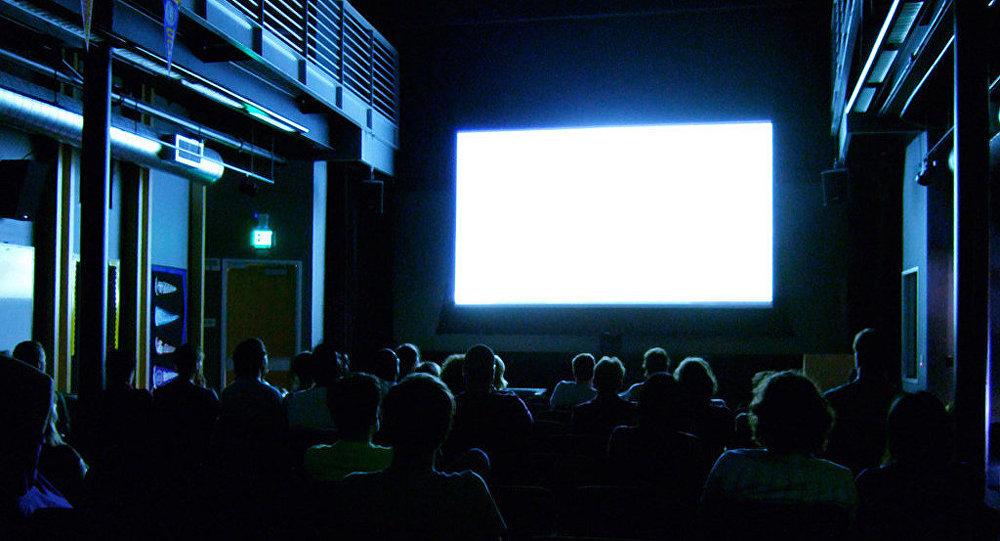俄媒:中國電影市場票房收入創下紀錄