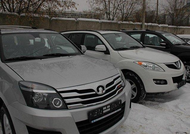 俄军方将有权向公民借用轻型车辆