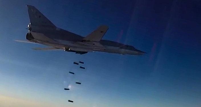 飞机炮弹图片素材