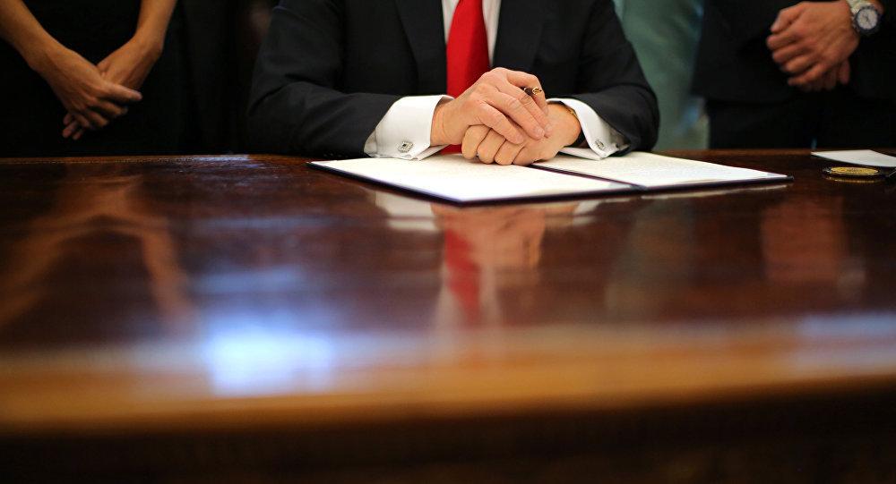 """中国专家:特朗普对伊制裁是""""僵而不破""""战略的一部分"""