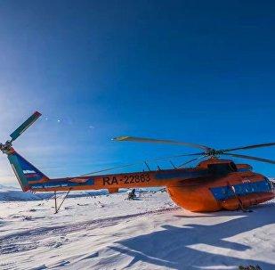 團隊乘坐一架米-8直升機,找到了勘察加半島深處最原始的馴鹿人部落。