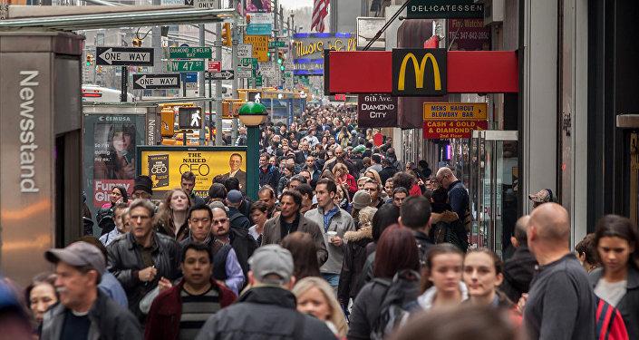 民调:美国人不相信公众抗议会改变特朗普的政策