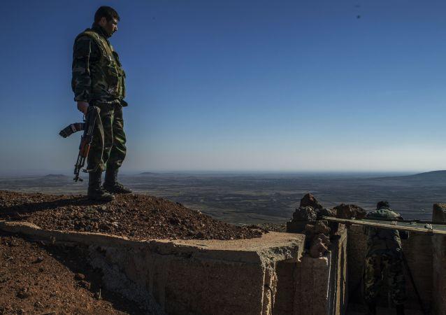 叙利亚政府军在叙南部库奈特拉省的阵地