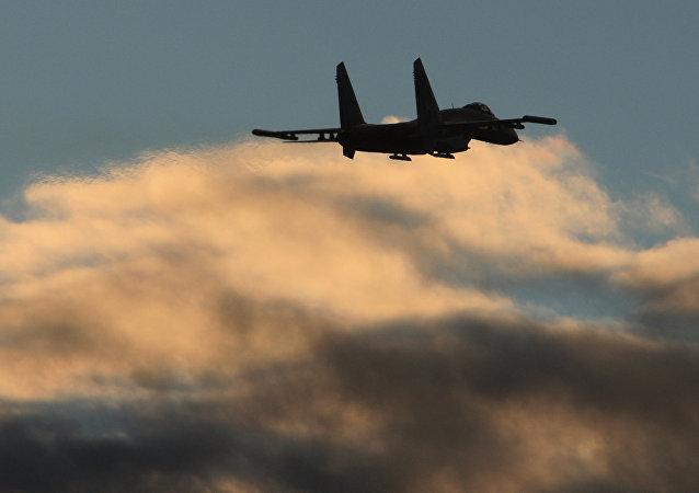 俄苏27战机