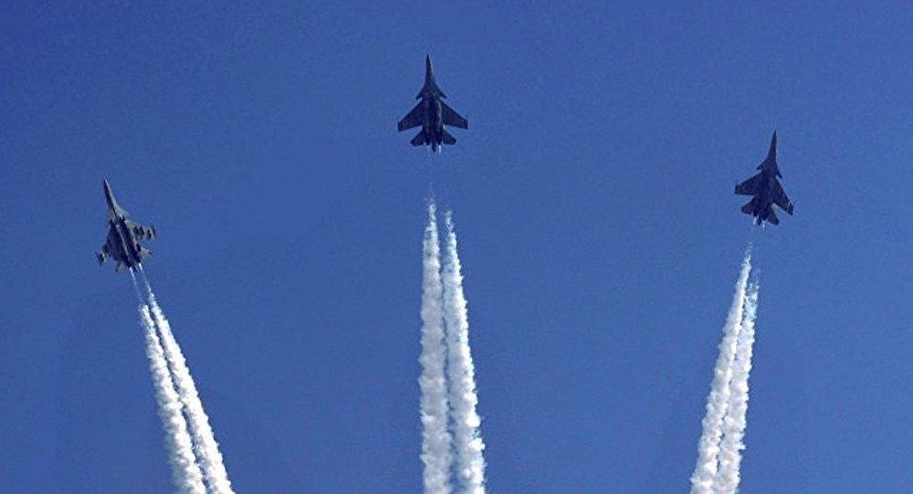 俄伊尔库特公司称还应向印度空军提供40架苏-30MKI战斗机