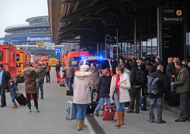 德国汉堡机场近70人受刺激性不明气体影响感不适