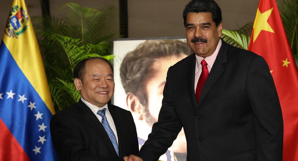 委内瑞拉同中国2月13日签订了总额27亿美元的22项新合作协议