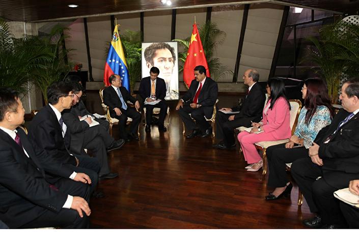 委内瑞拉与中国签署27亿美元合作协议