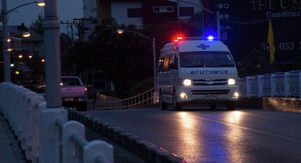 泰国北部发生水泥车同面包车相撞交通事故 9人死亡 4人受伤