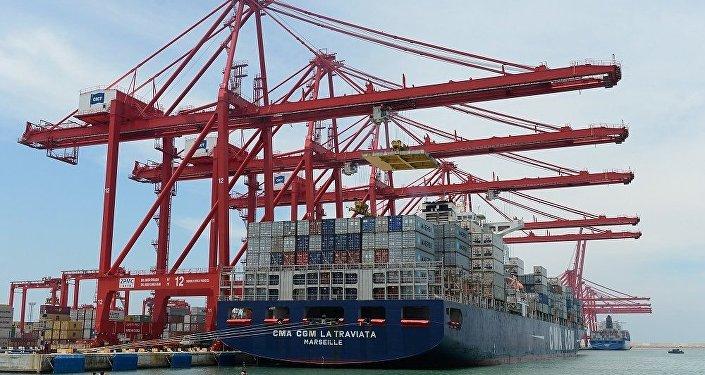 普京:俄中貿易額將達到1000億美元